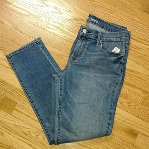 NWT Old Navy original mid-rise jeans 10